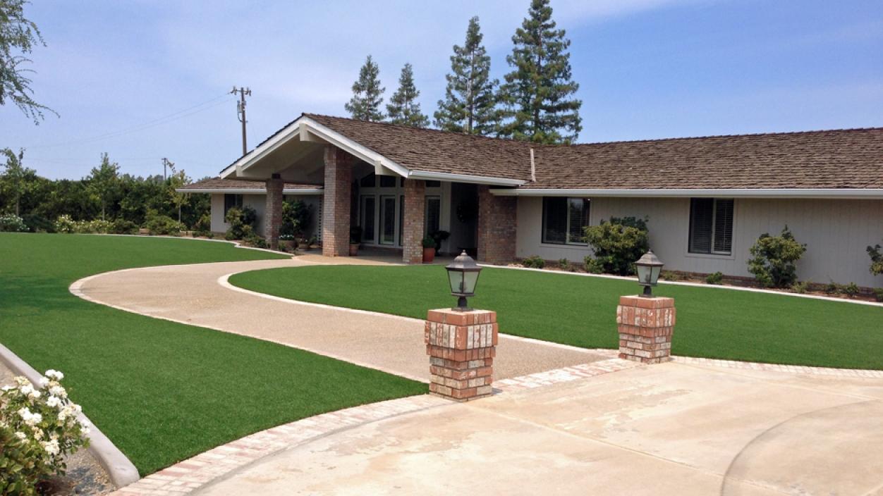 Synthetic Grass Installation In Huntington Beach, California