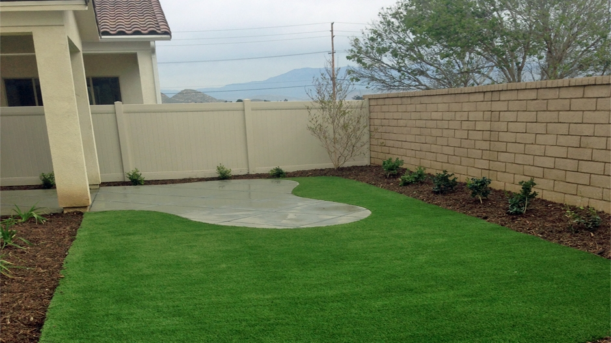 Synthetic Grass Installation In Modesto, California
