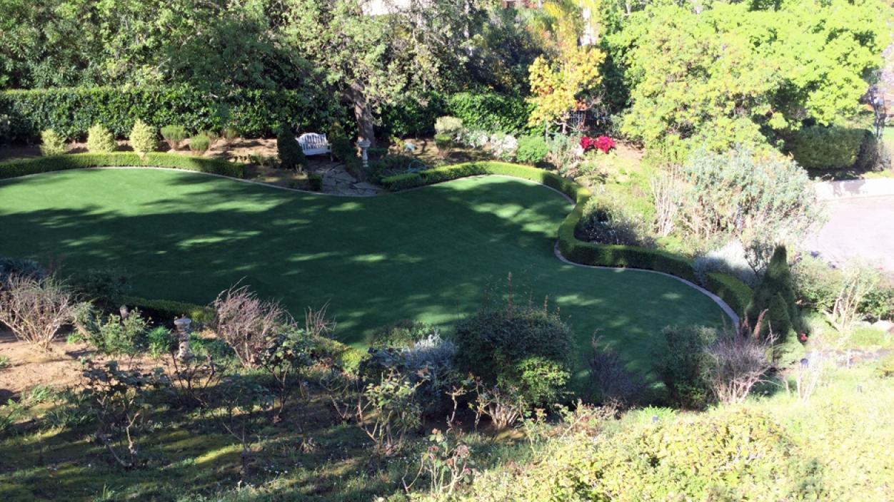Synthetic Grass In Pasadena, California