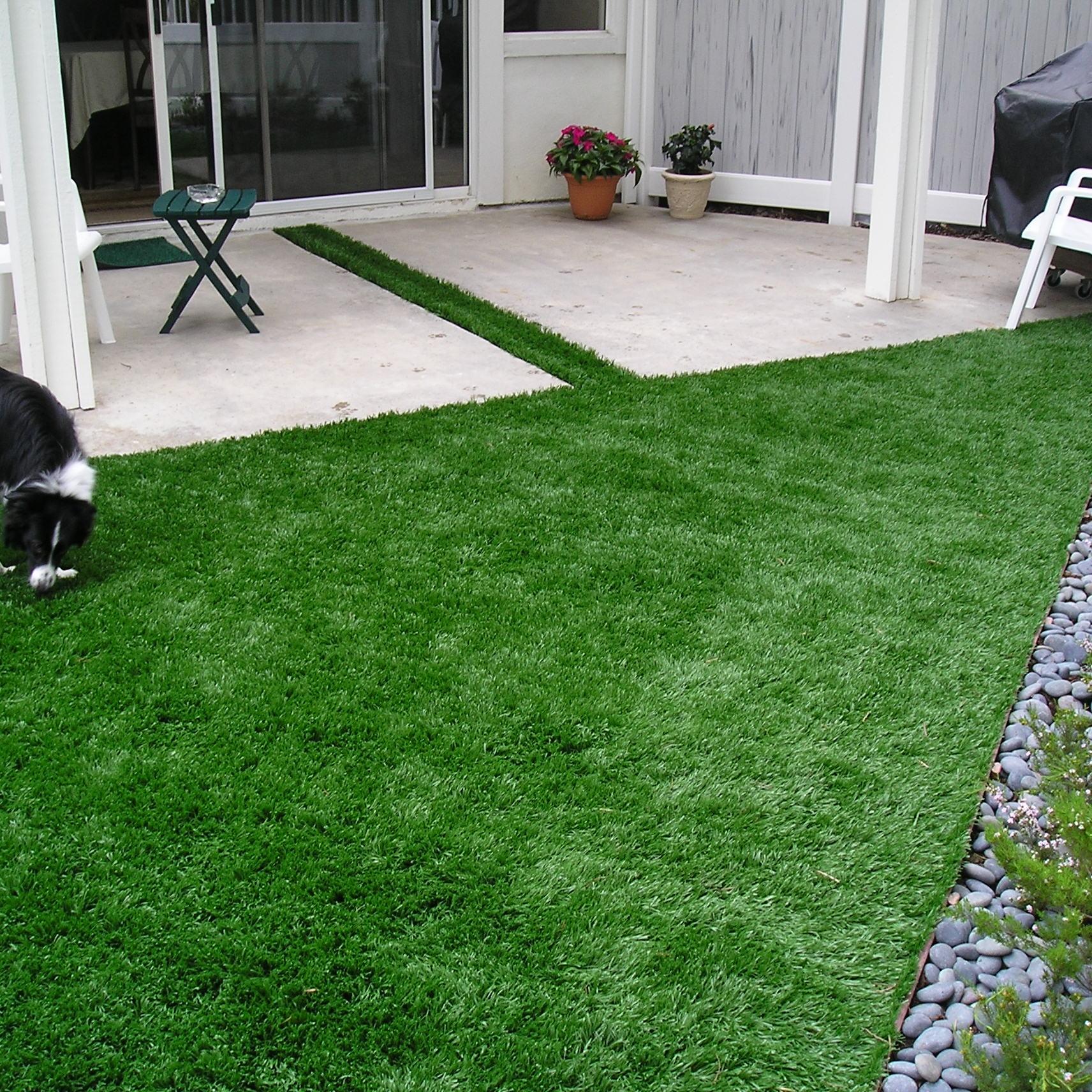 S Blade-90 pet friendly artificial grass