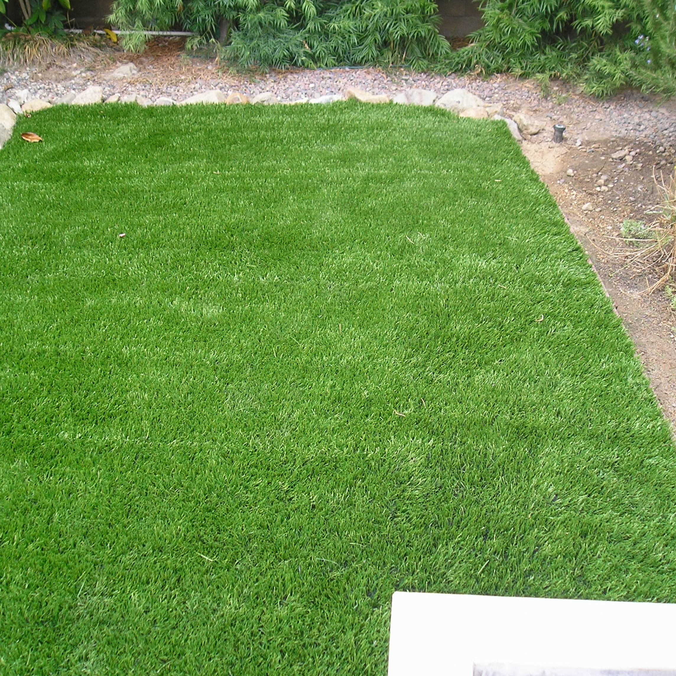 Super Natural 60 artificial grass installation,installing artificial grass,artificial turf installation,how to install artificial turf,turf installation