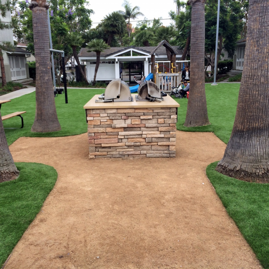 Artificial Grass Installation In Los Angeles, California