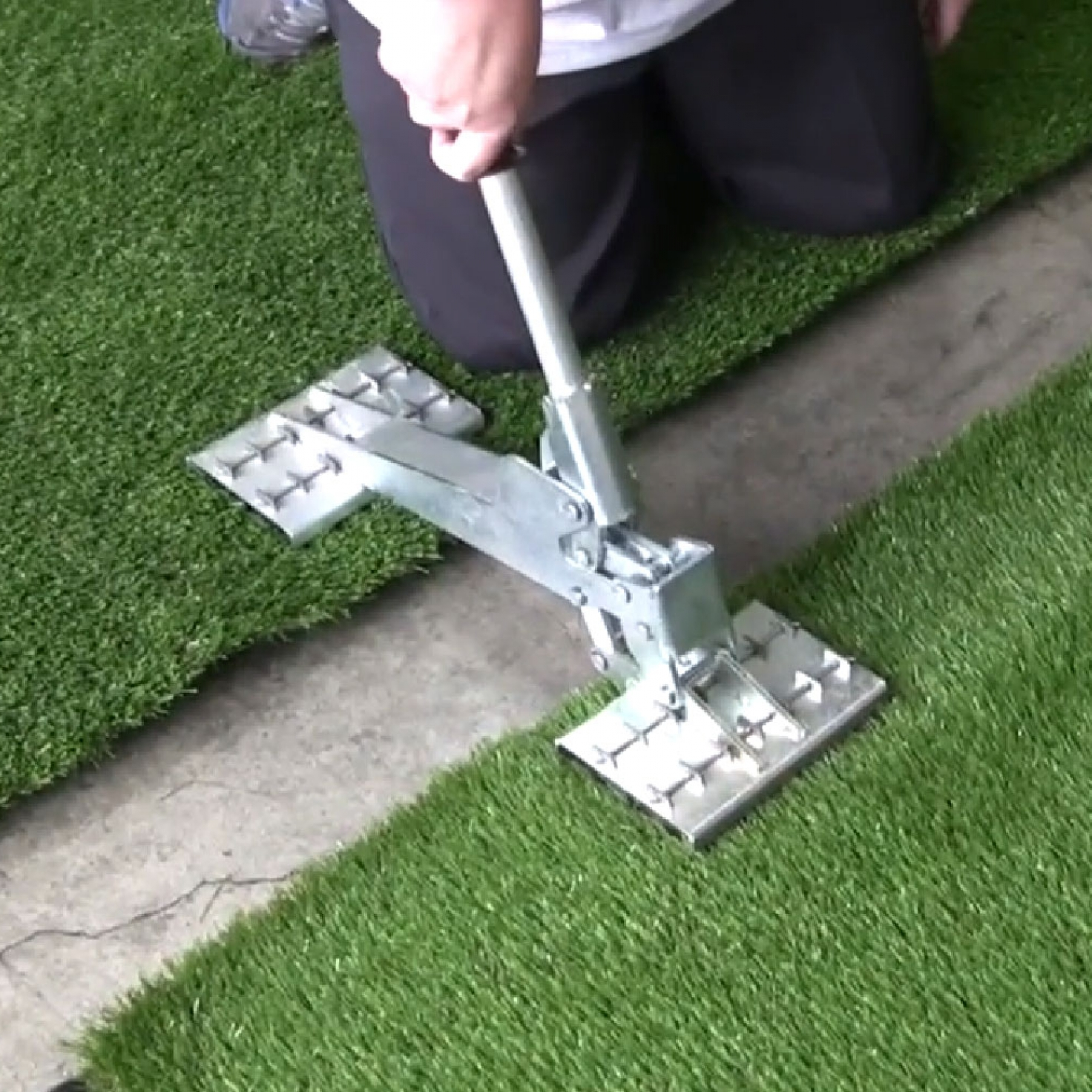 Artificial Grass Puller Tool