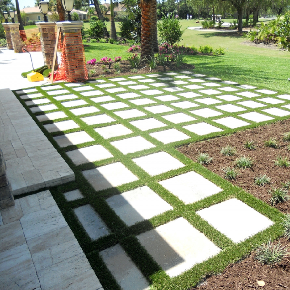 Artificial Grass Installation in Sarasota, Florida