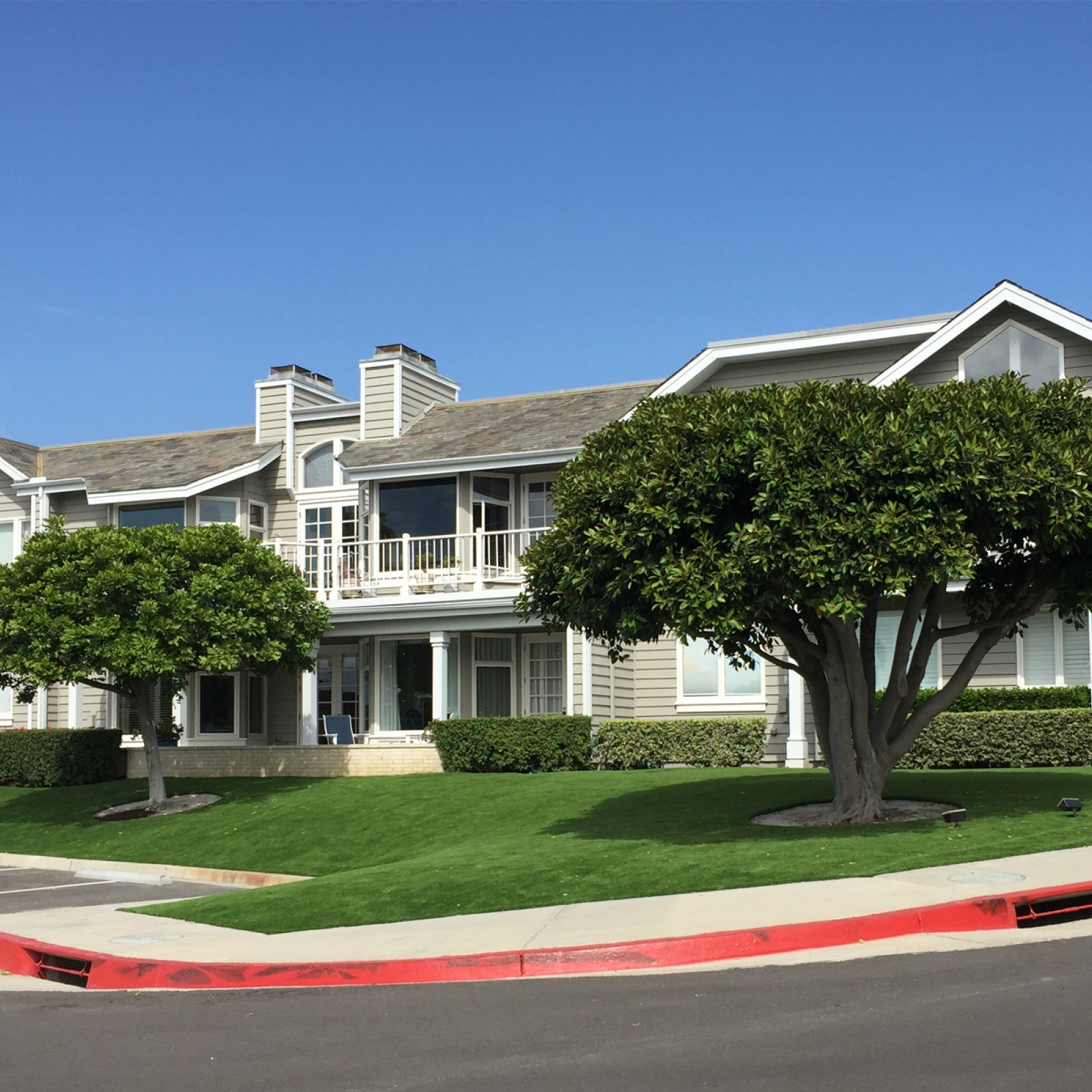 Apartment Complex Artificial Grass Landscaping in Dana Point, California