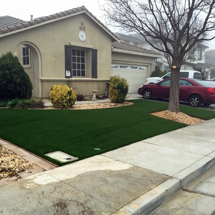 Synthetic Grass Installation In Corona, California