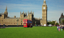 Londoners Evangelize Artificial Grass