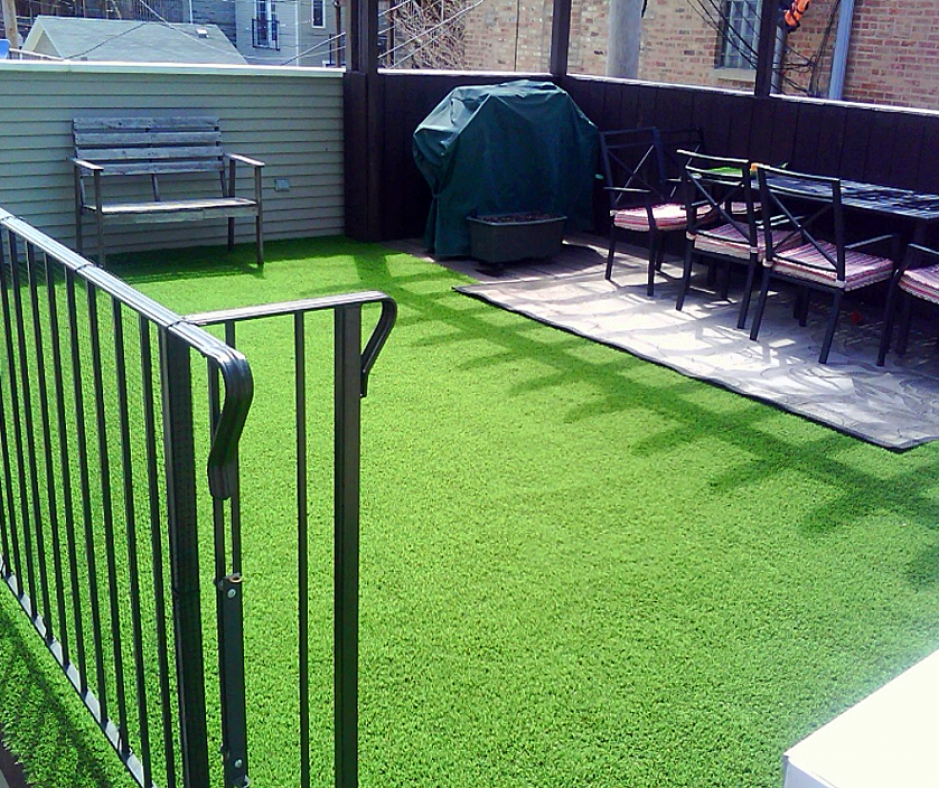 Rooftop Artificial Grass Installation in Chicago, Illinois