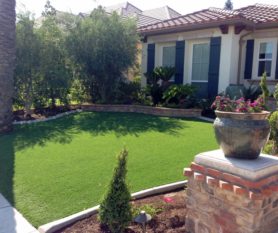 Artificial Grass Installation in Santa Ana, California