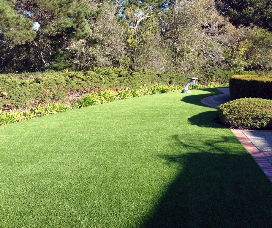 Artificial Grass Installation in Half Moon Bay, California