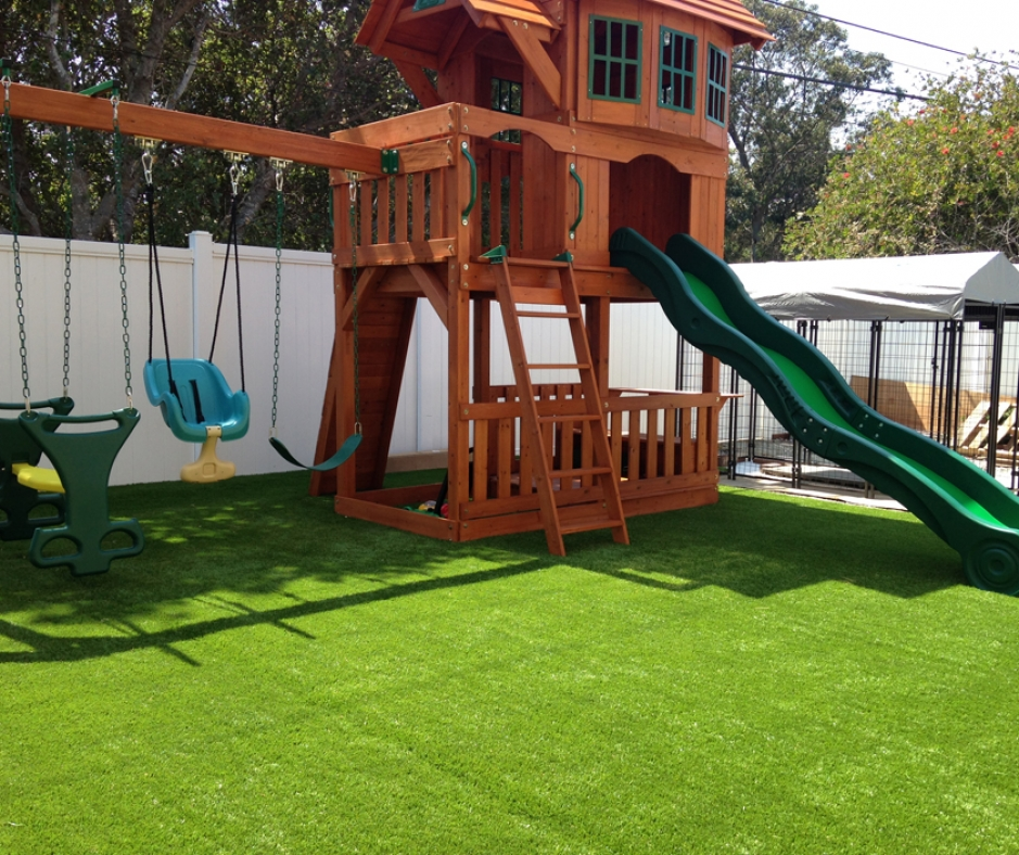 Artificial Grass Installation In Daly City, California