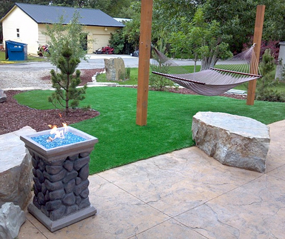 Artificial Grass Installation in Fargo, North Dakota