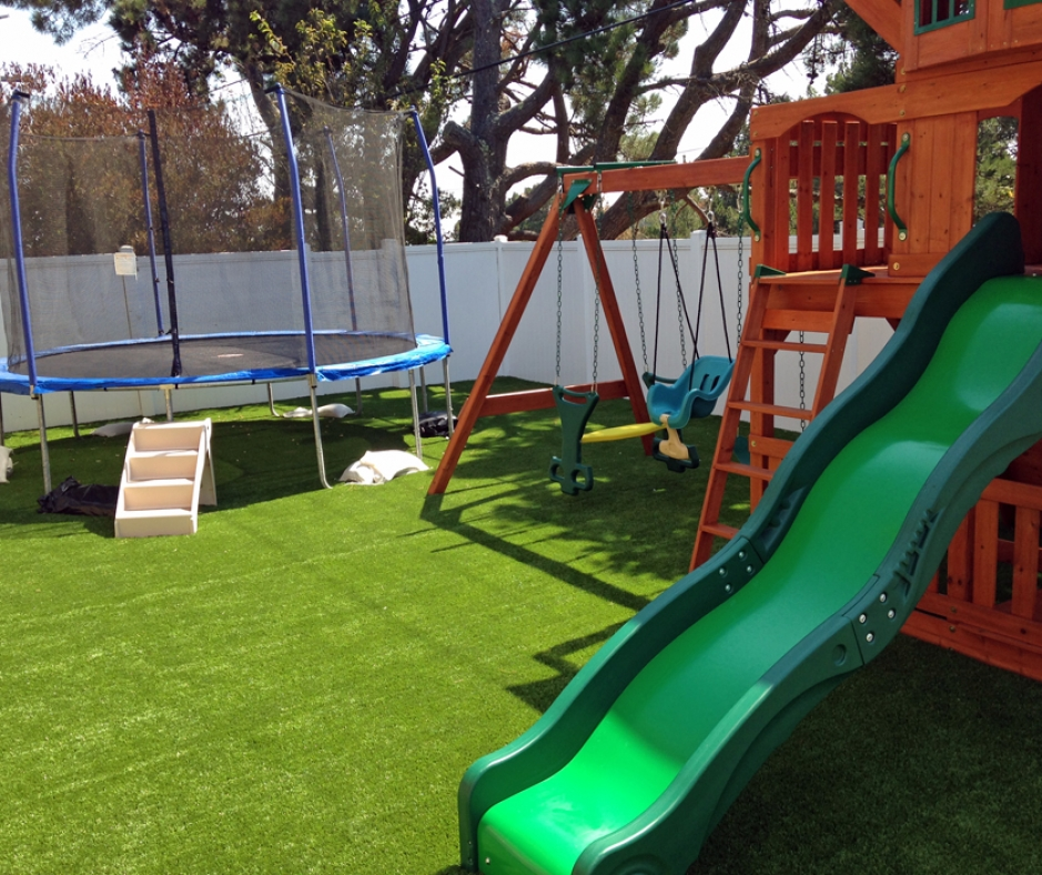 Artificial Grass Installation in Brisbane, California