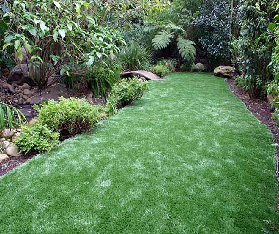 Artificial Grass Installation in Northridge, California
