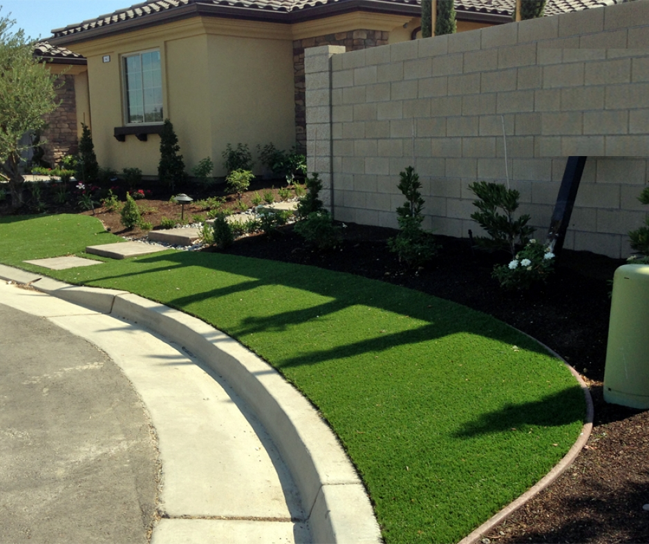 Artificial Grass Installation In Lakdale, California