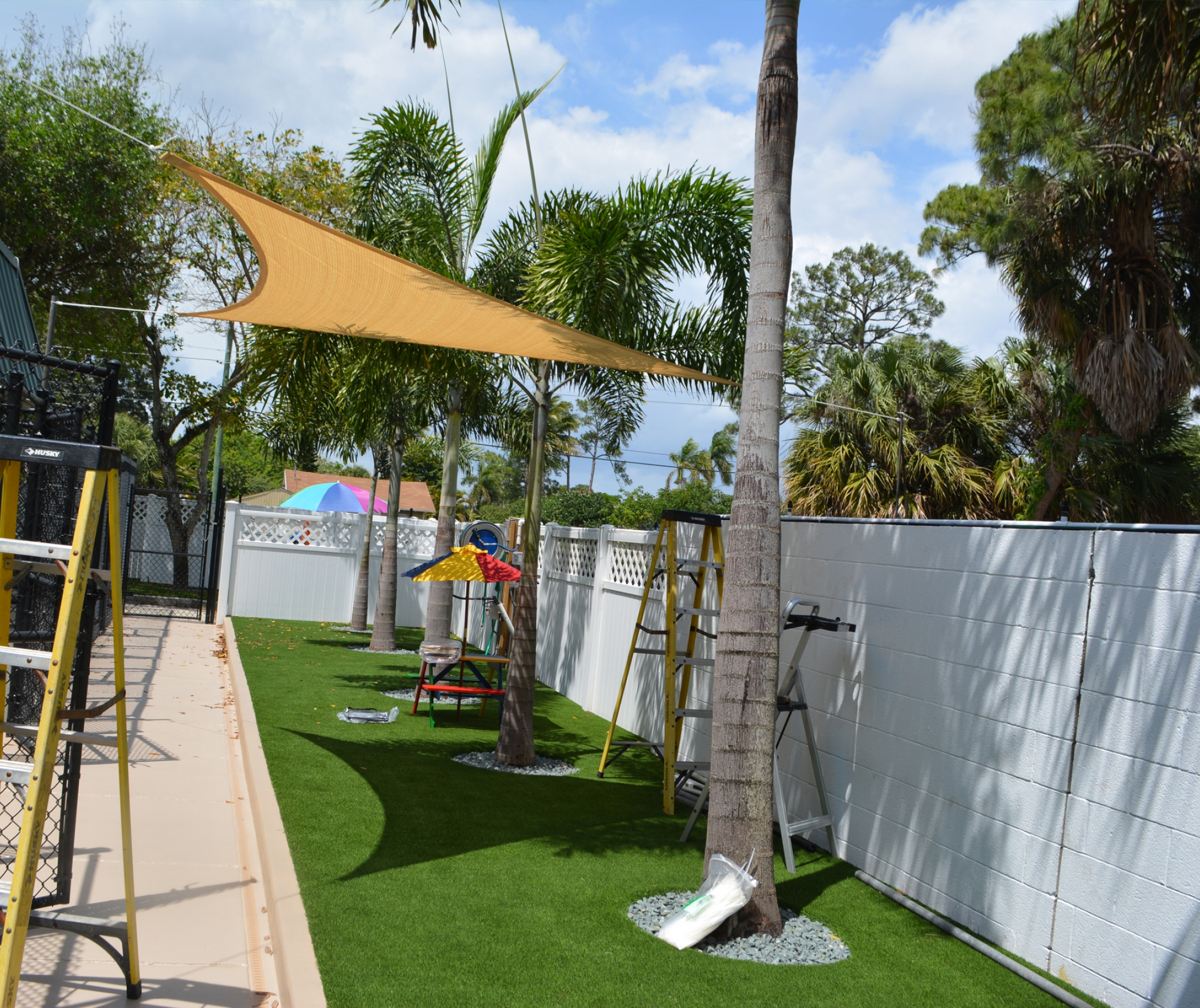 Artificial Grass  Dog Hospital Oxnard Shores, Califonia