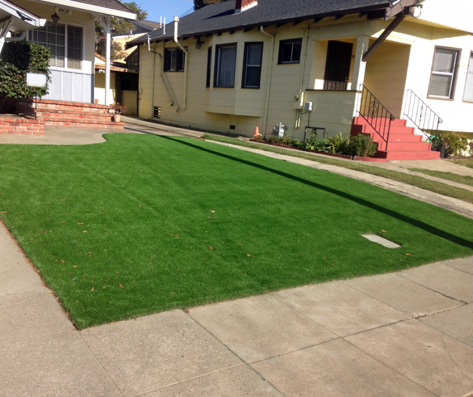 Artificial Grass Installation in Harlingen, Texas