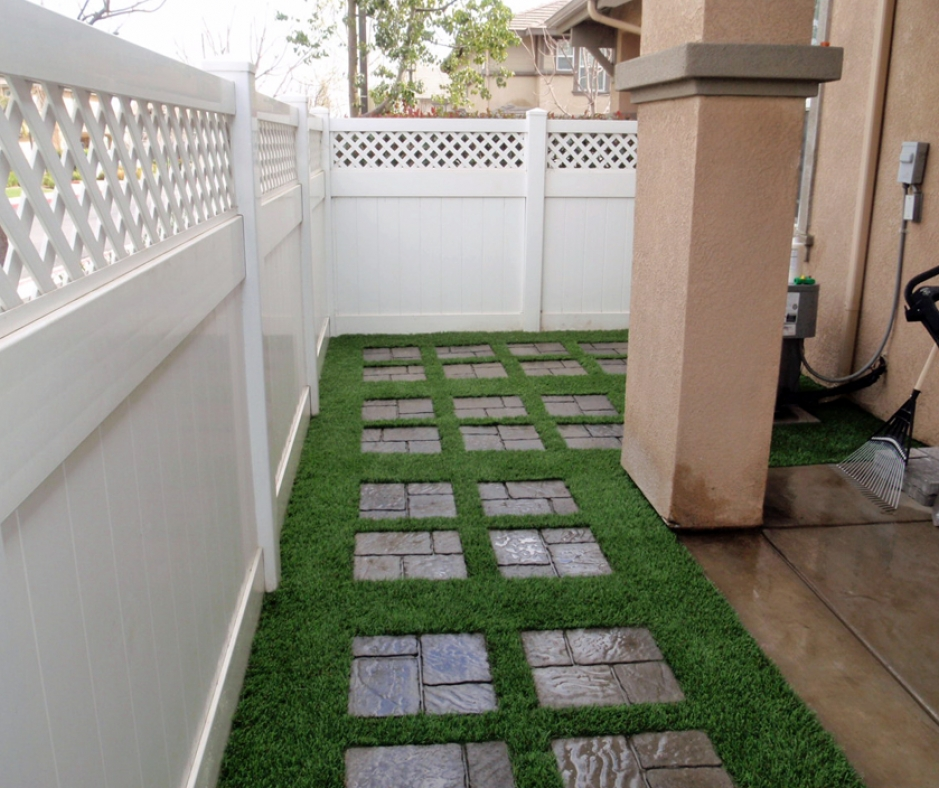 Artificial Grass Installation in Palm City, California