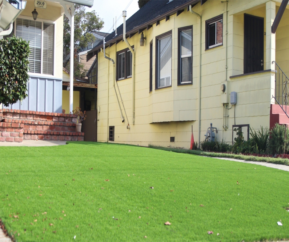 Artificial Grass Installation in Santa Fe Springs, California