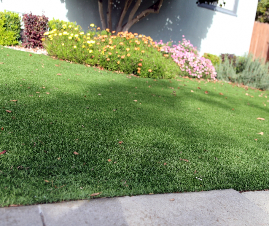 Artificial Grass Installation in Tustin, California