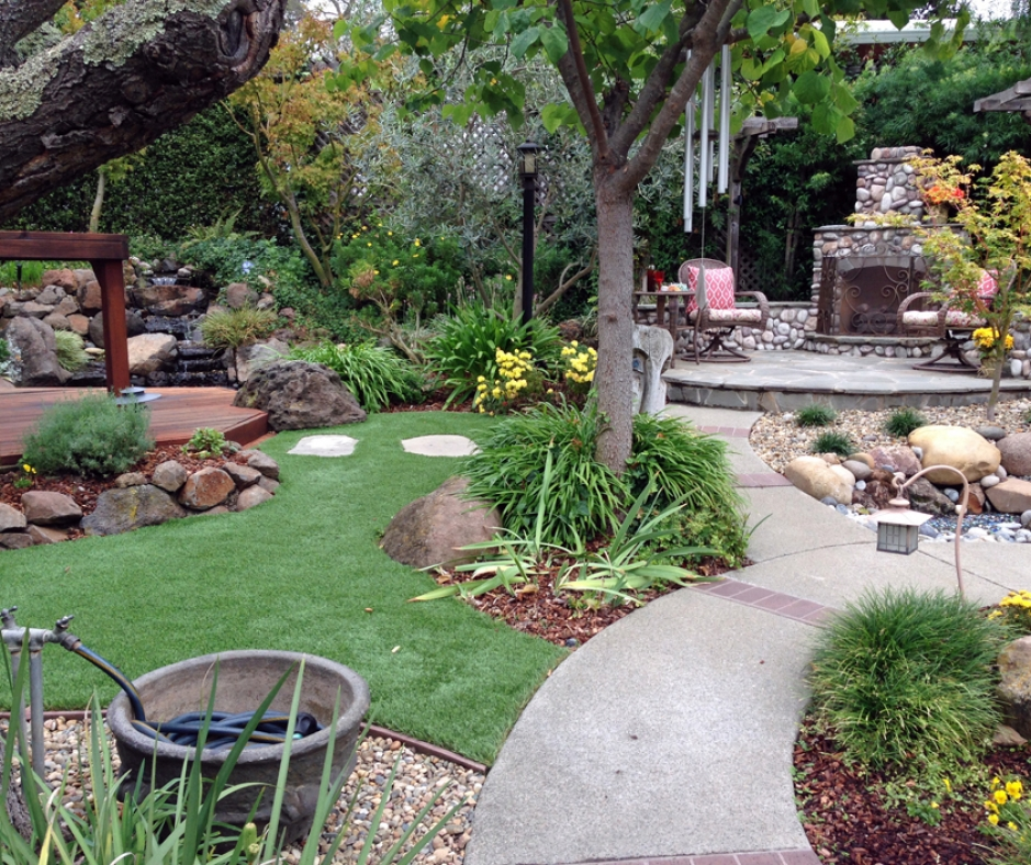 Artificial Grass Installation in West Hills, California