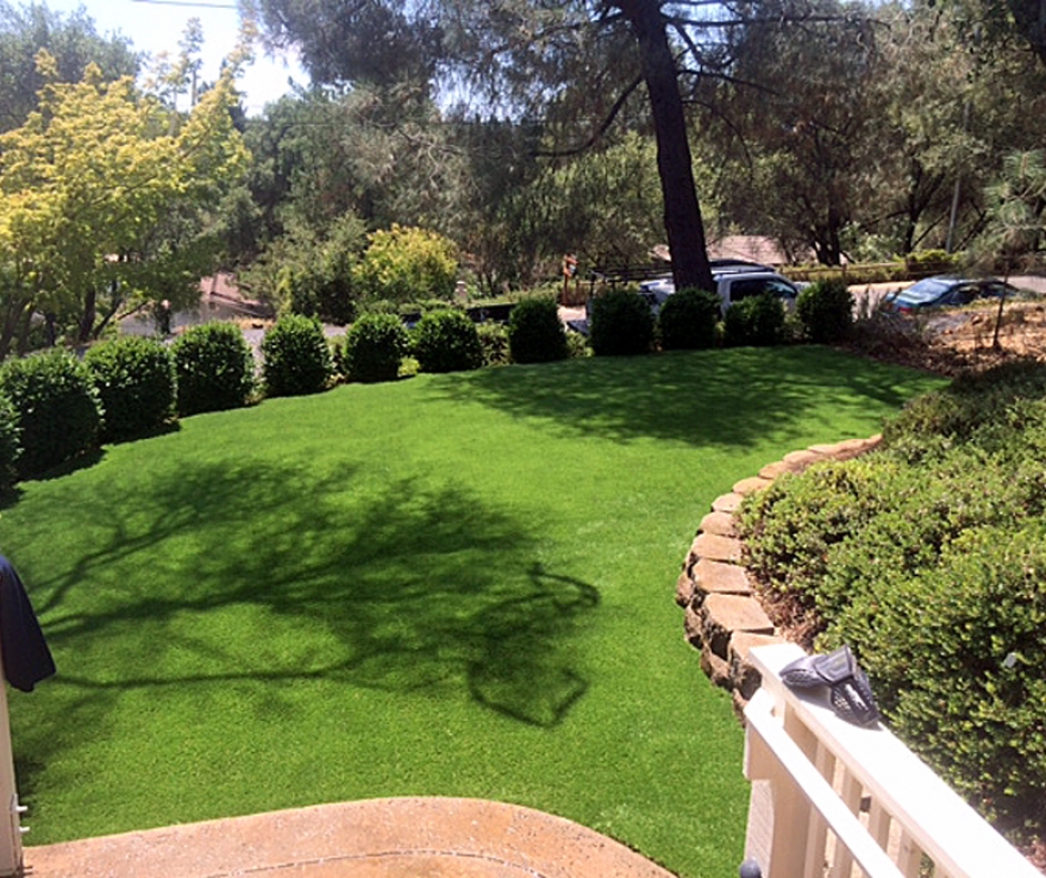 Artificial Grass Installation in Woodlake, California