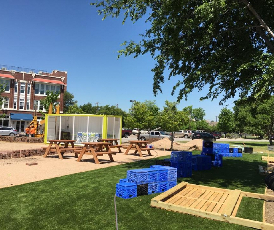 Community park, micropark, Magnolia park, children park, green park, playground, artificial grass, fake grass, synthetic turf, Forth Worth, Texas.