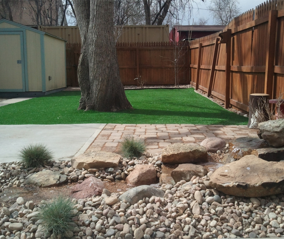 Synthetic Grass Installation In Denver, Colorado