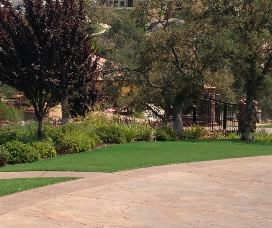 Synthetic Grass Installation In Glendale, California