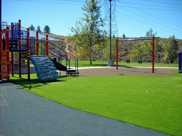 Playground Grass | Synthetic Play Turf Des Moines Iowa