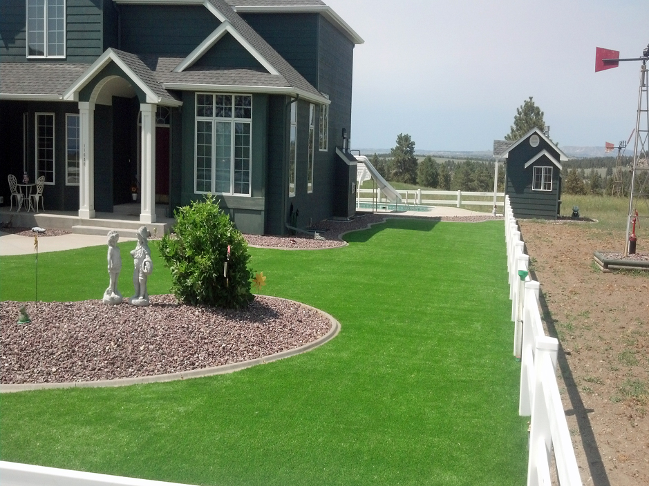 Artificial Grass In Installation in Boise, Idaho