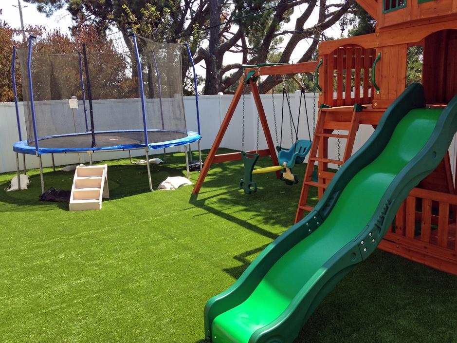 Artificial Grass Installation in Brisbane, California