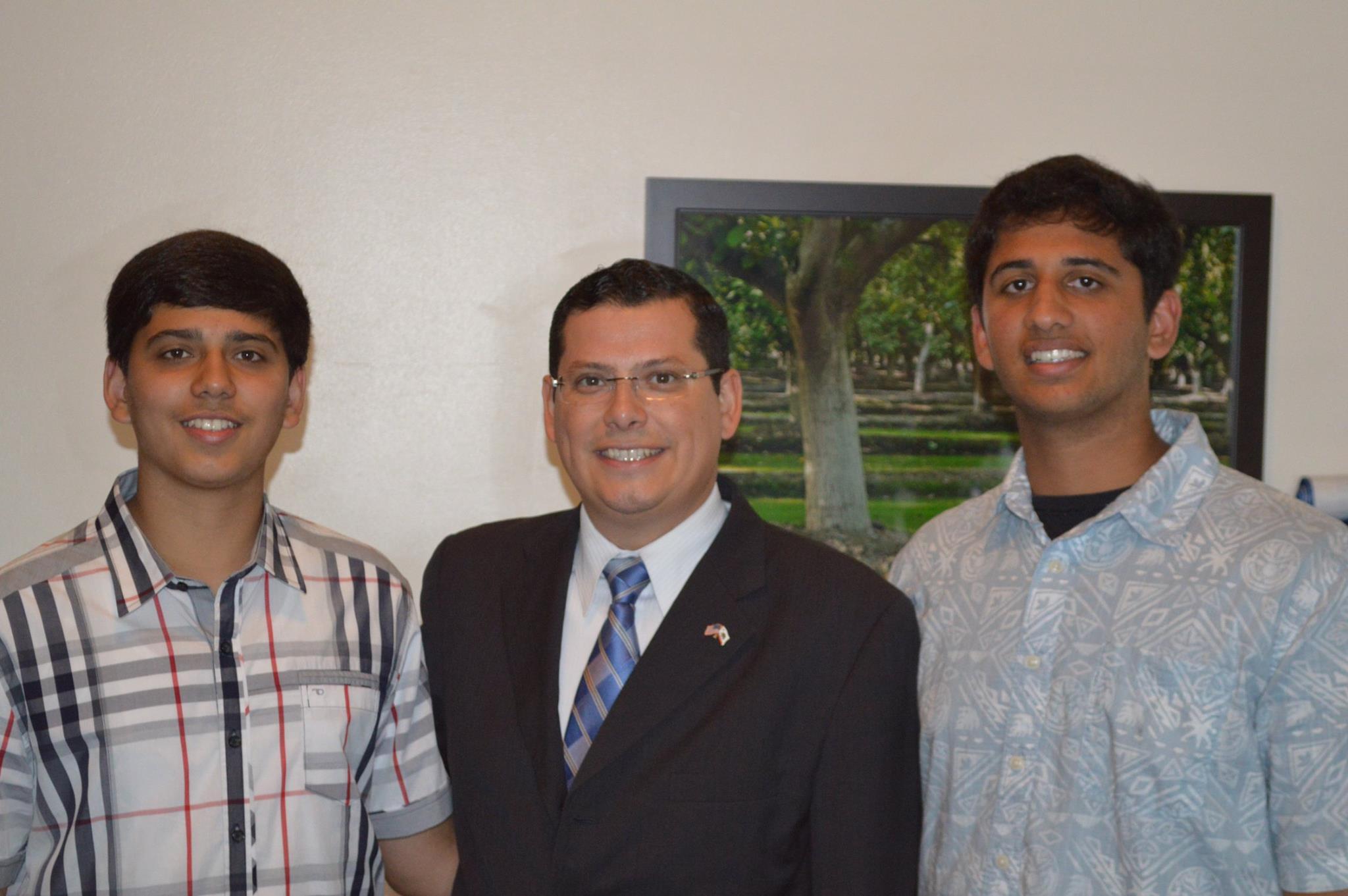 Brothers Arijeet and Rajvarun Grewal, Hanford California