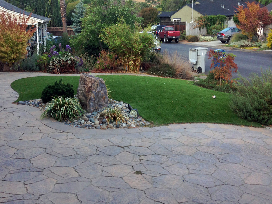 Artificial grass gardena california los angeles county for Landscaping rocks in los angeles