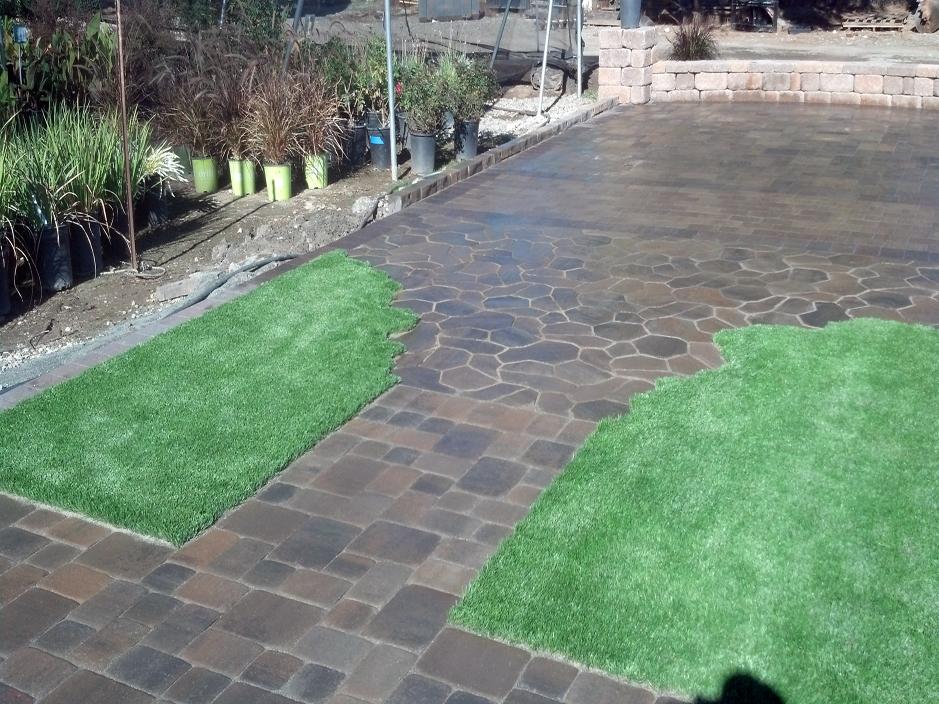 Artificial Grass Installation in Crestline, California