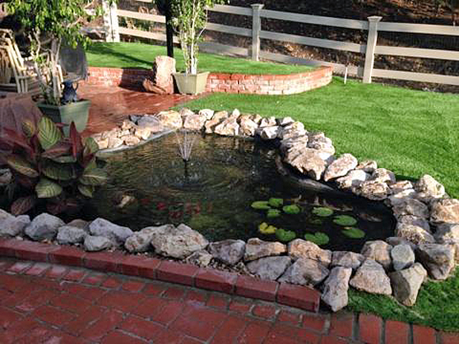 Artificial Grass Installation in East Los Angeles, California