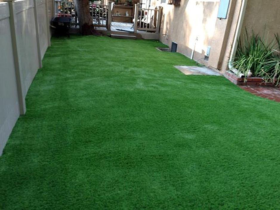 Artificial Grass Installation in Lawndale, California