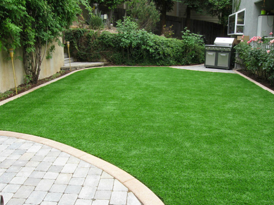 Artificial Grass Yuba City, California. Putting Greens ... on Artificial Turf Backyard Ideas id=65078