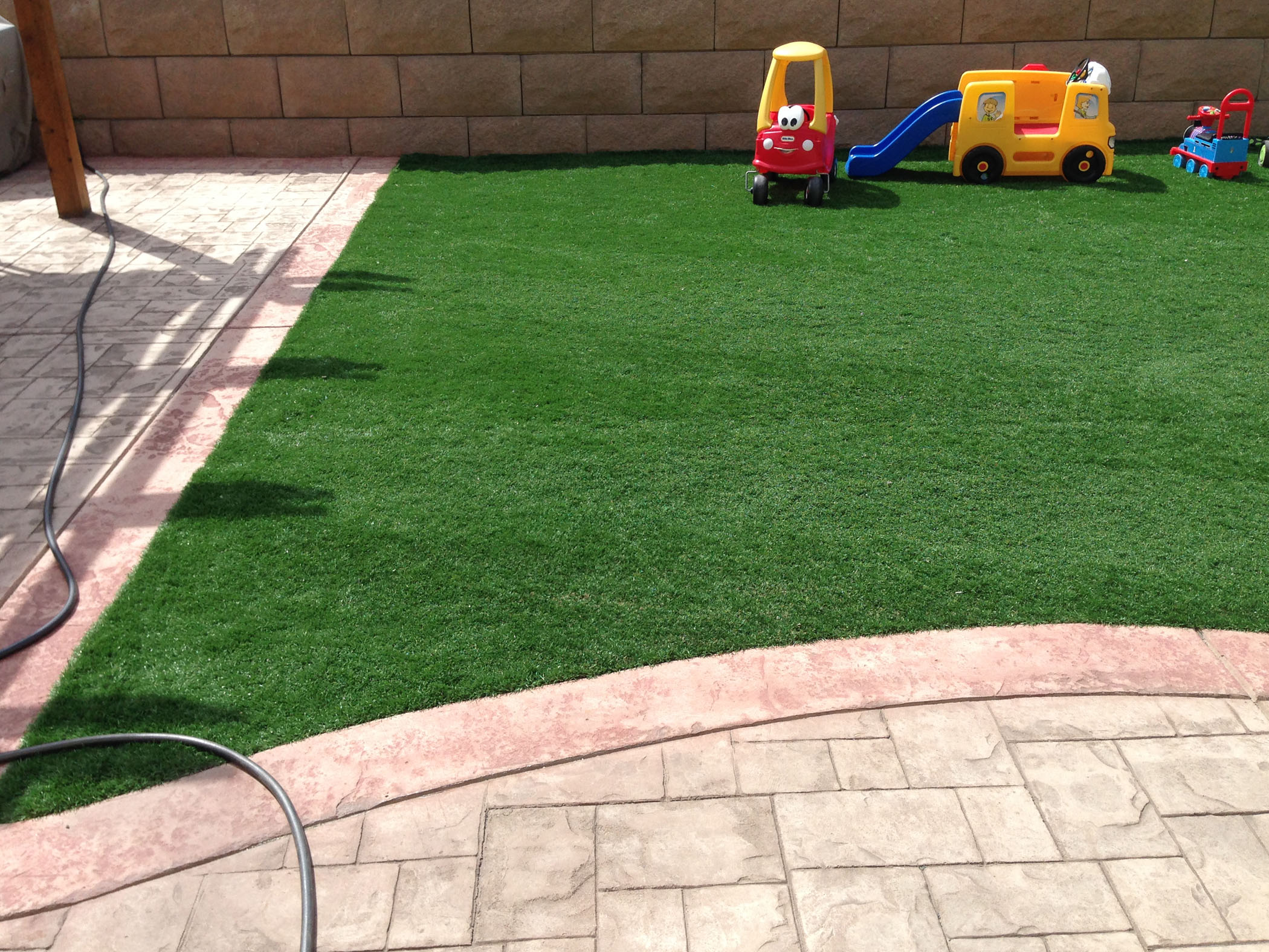Fake Grass For Yard | Artificial Turf Perris California on Artificial Turf Backyard Ideas id=64292