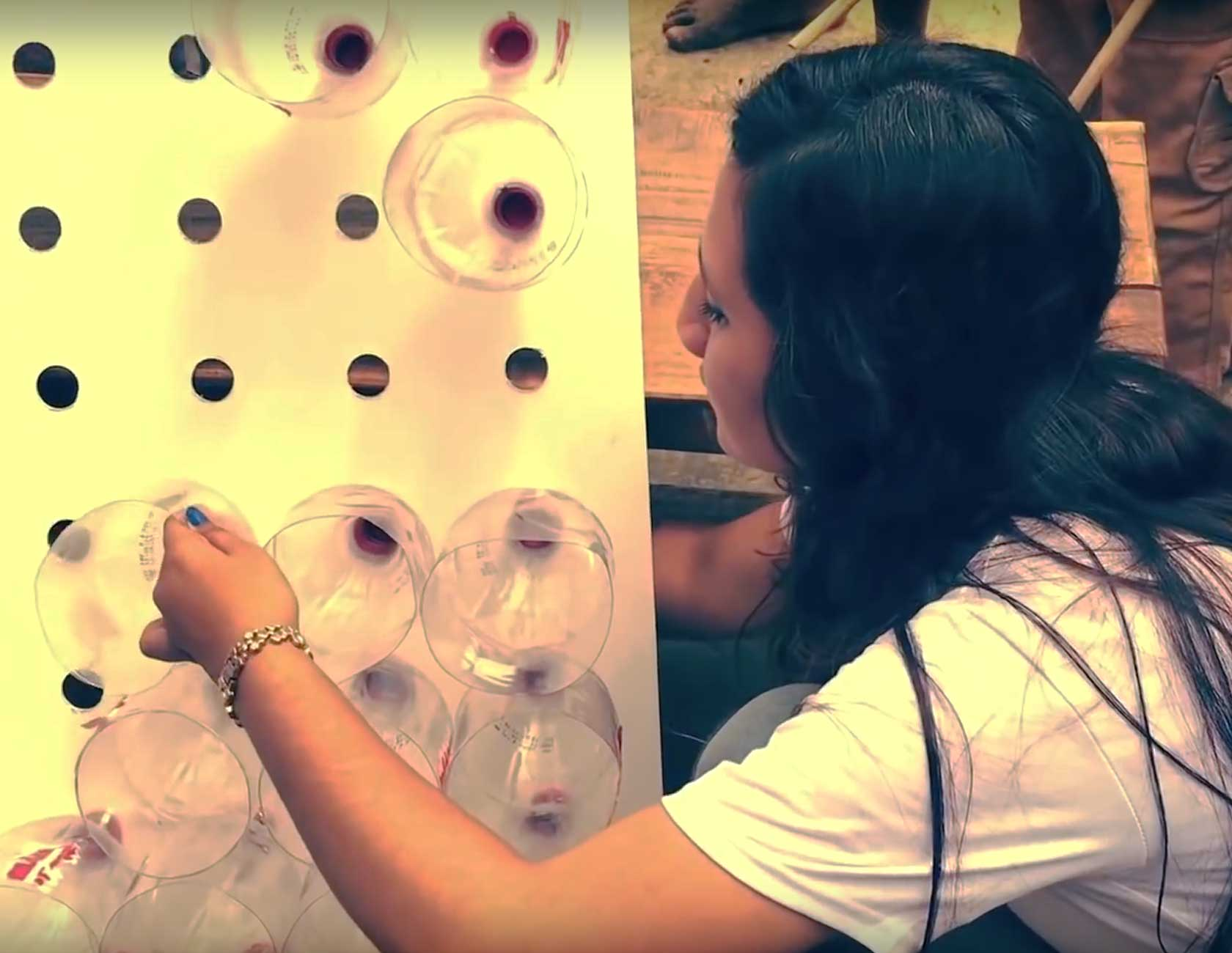 A woman makes Eco-Cooler from Plastic Bottles