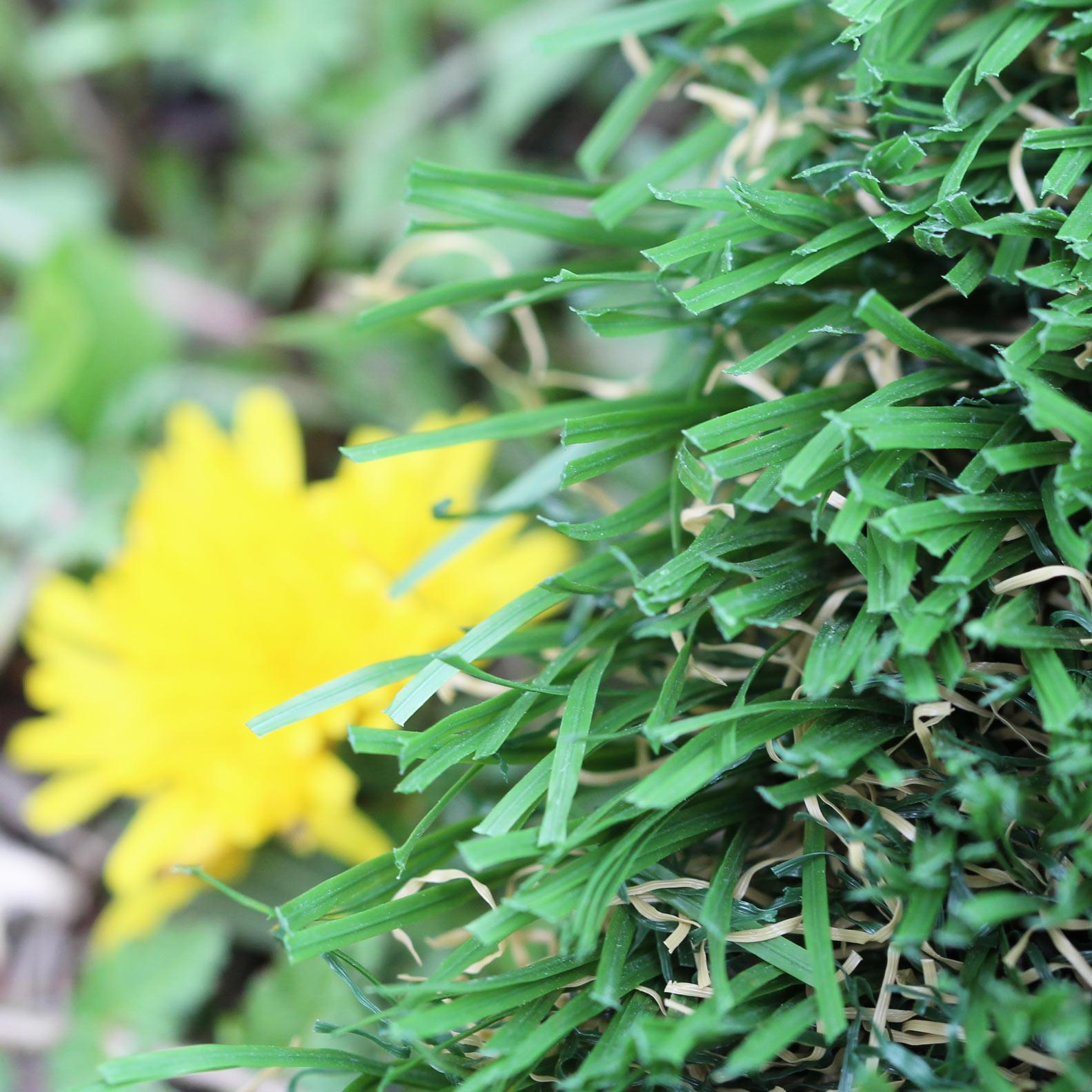 Emerald color 92 oz. Stem Blades Grass Artificial turf