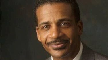 Eric Davis, Bulsons colleague, to be paid $176,300 as new chief of administration for Harford schools