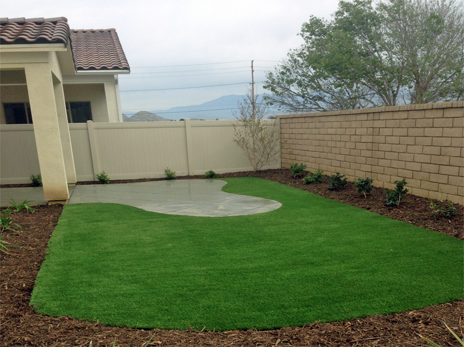 Artificial Grass Modesto, California. Putting Greens ... on Turf Backyard Ideas id=88548