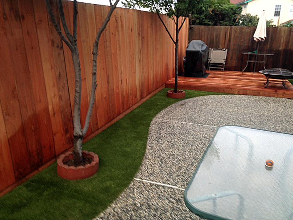 Synthetic Grass Installation In Sacramento, California