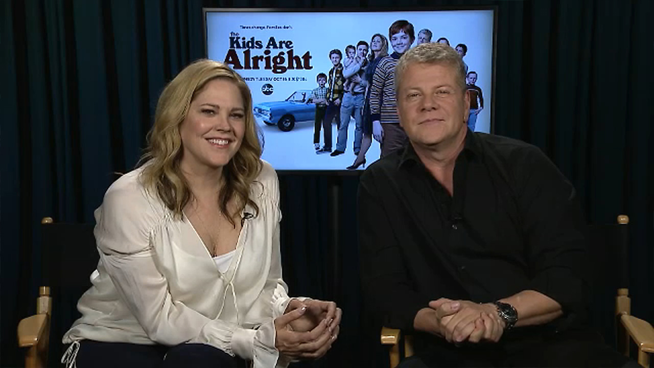 Mary McCormack, Michael Cudlitz go back to the 70s for The Kids are Alright
