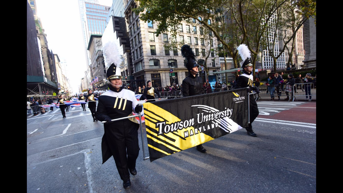 Towson University Marching Band plays New York City