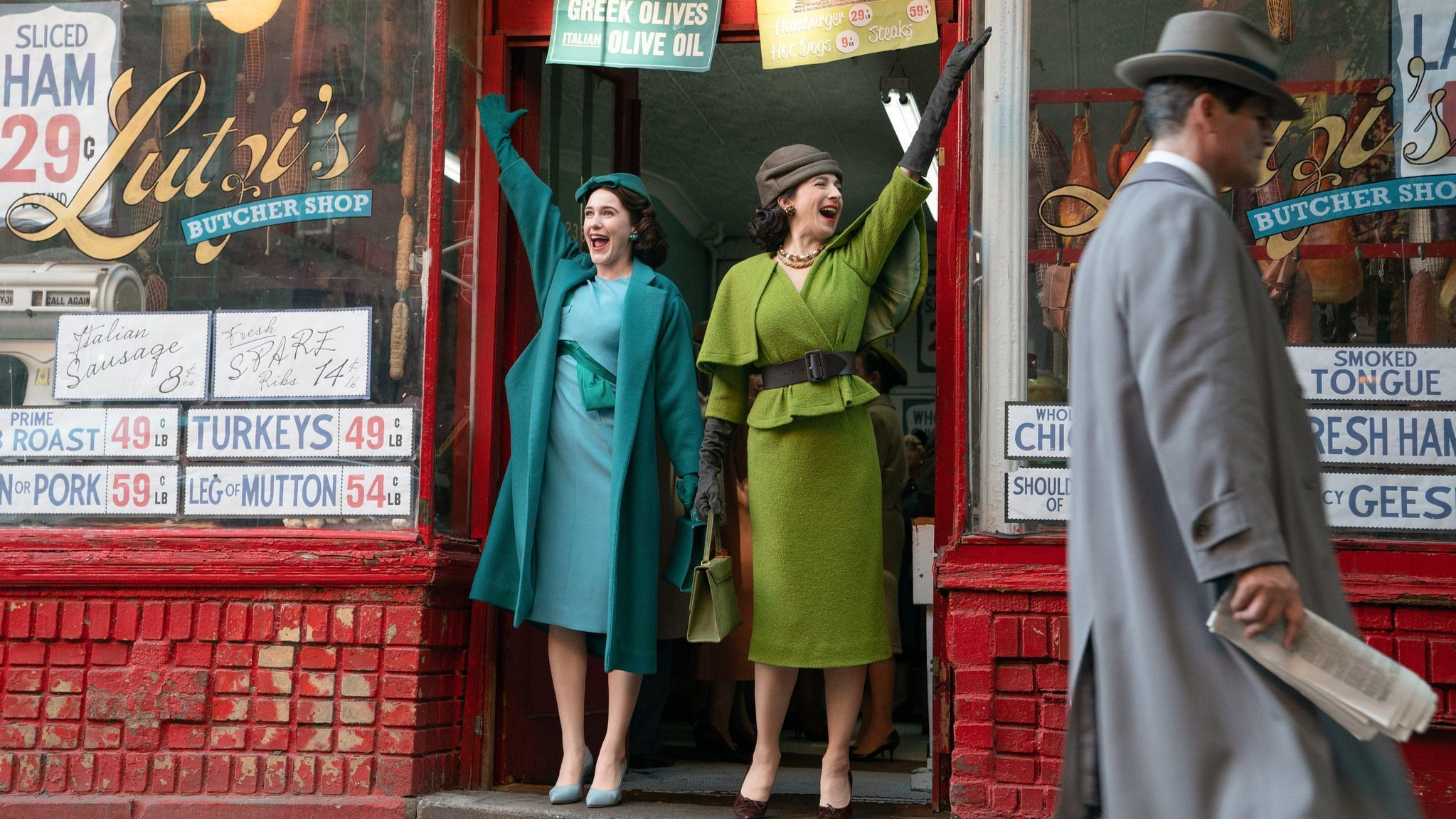 As The Marvelous Mrs. Maisel returns for Season 2, we go behind the scenes of those amazing sets