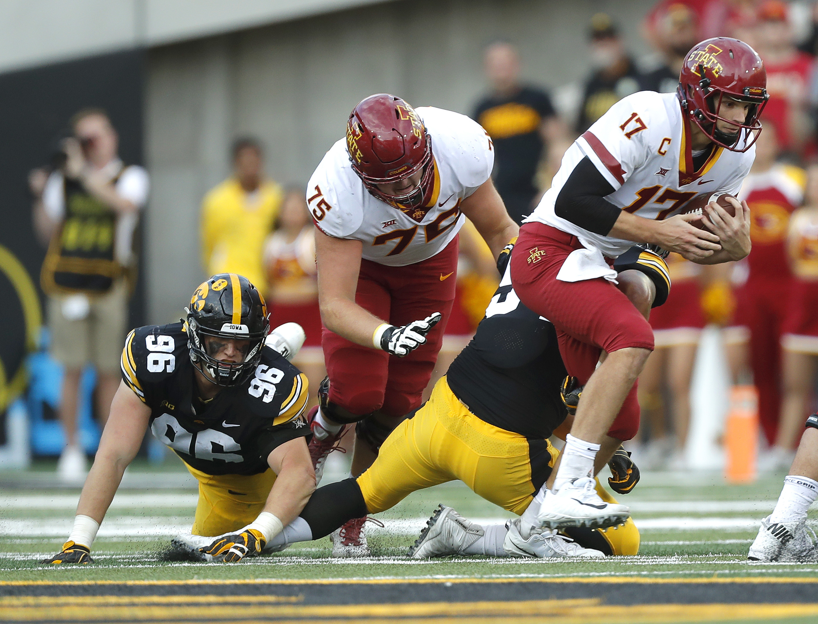 Iowa States offensive line struggles in opener