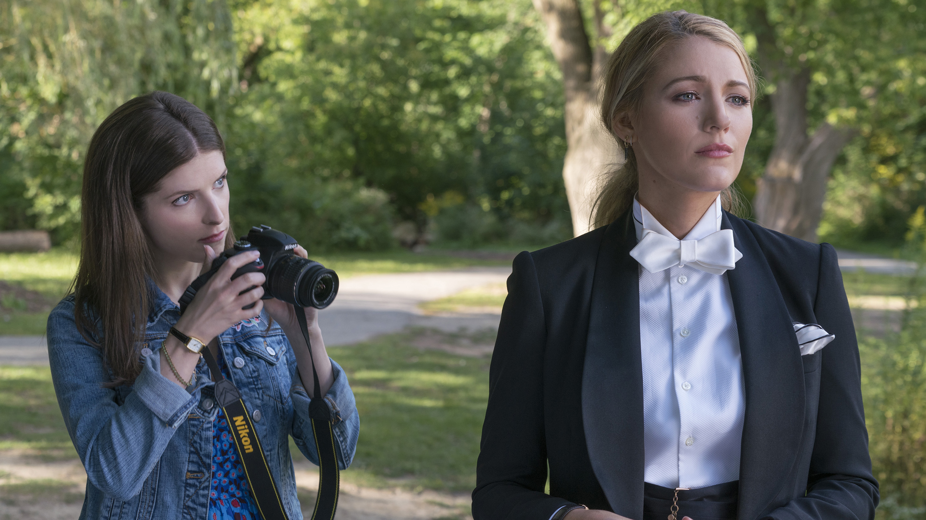 Kendrick, Lively make Simple Favor a deliciously campy thriller