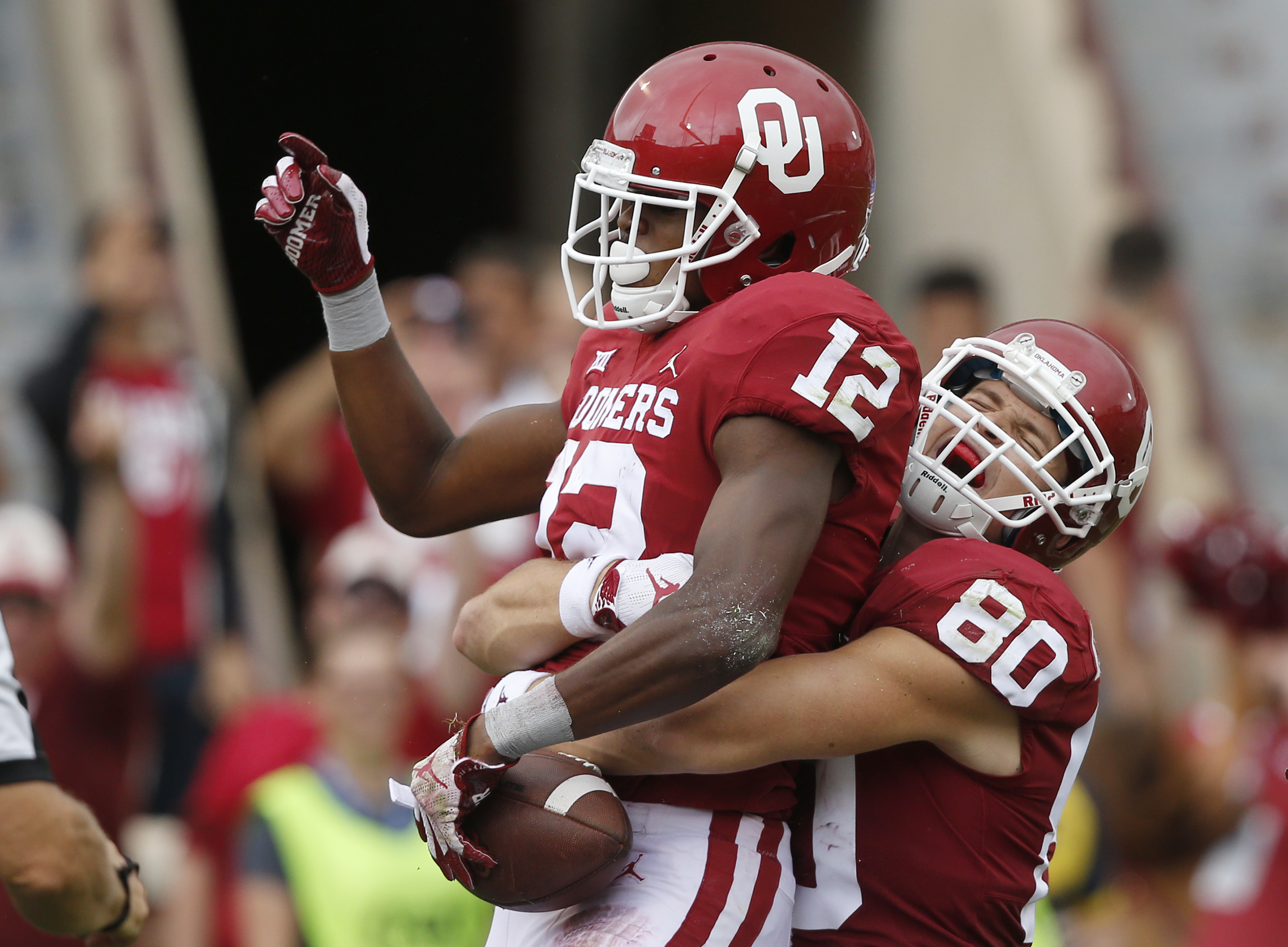 No. 5 Oklahoma opens Big 12 play at pesky Iowa State
